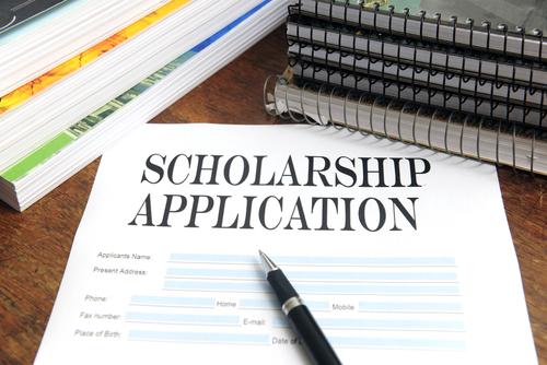 Giành học bổng lên đến $20,000 tại các trường trung học Mỹ
