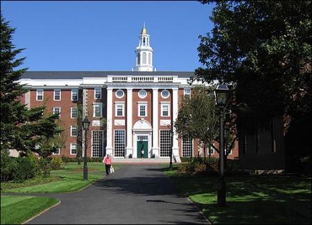 Đại học Massachusetts, Mỹ – môi trường học tập lý tưởng dưới góc nhìn của sinh viên Việt Nam