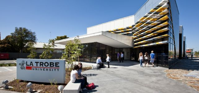 31/05/2011 FEATURES: La Trobe University's new campus at Shepparton.