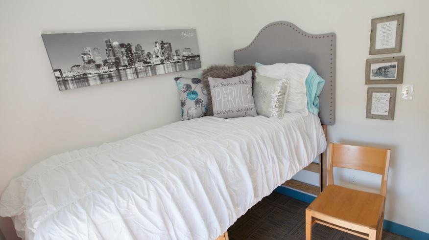 Single Ensuite Bedroom - CATS Boston